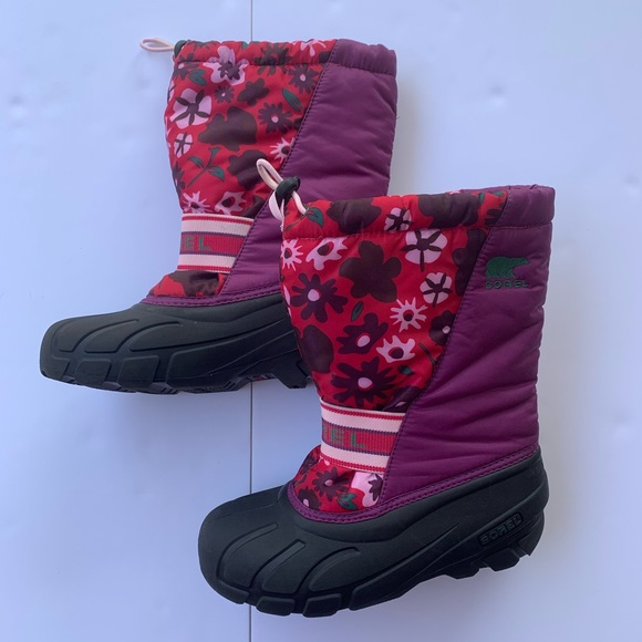girls snow boots size 5